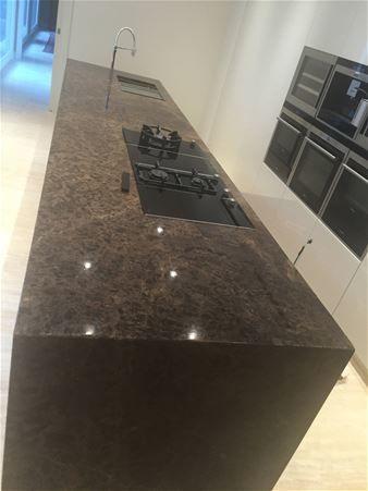 Piani cucina in marmo, granito e pietra naturale